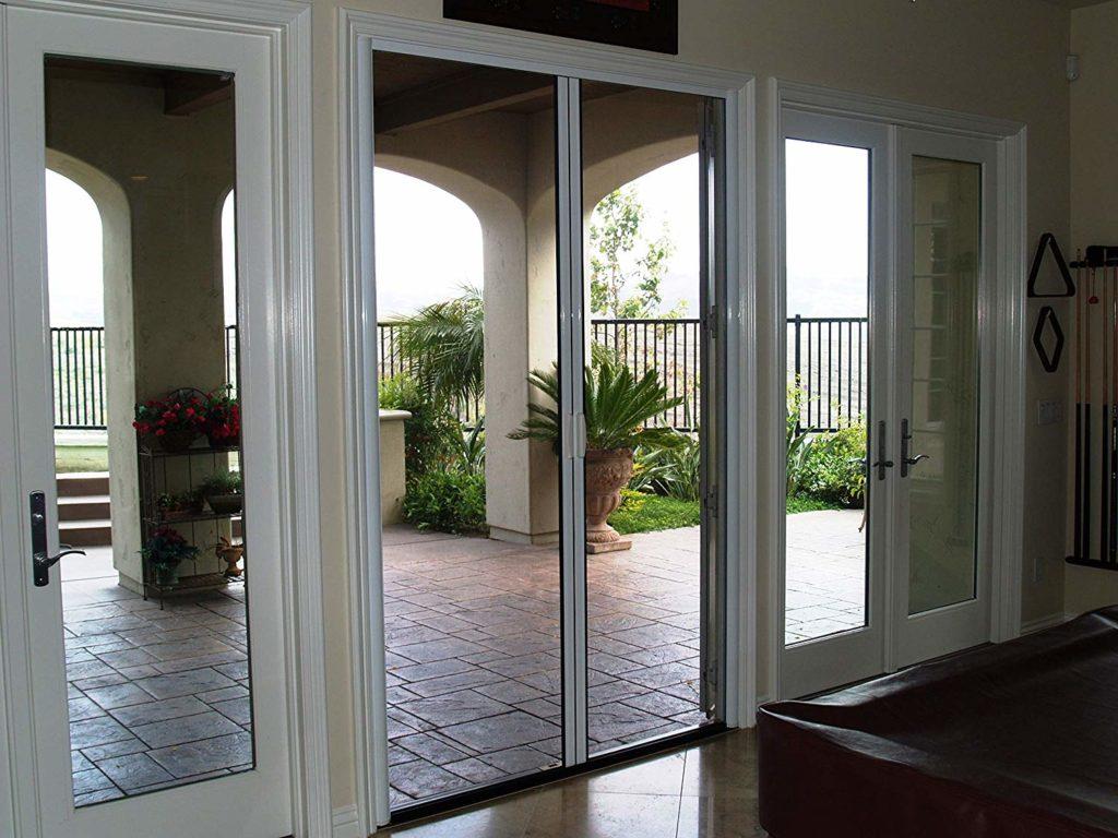 Casper Retractable Double Door Screen