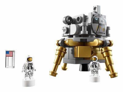 LEGO Ideas NASA Apollo Saturn V 1