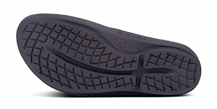 OOFOS Women's OOlala - Recovery Thong Sandal sole