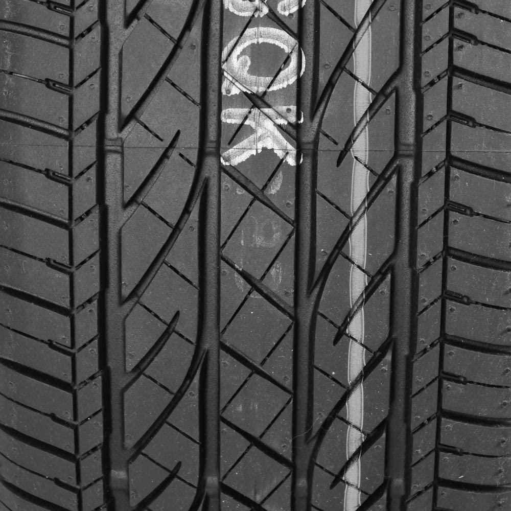 Bridgestone Dueler H:P Sport tread